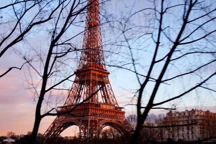 Dimanche à Paris