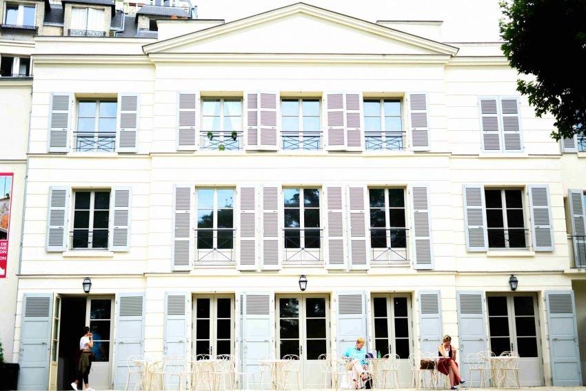 Café-Renoir-Montmartre-3-