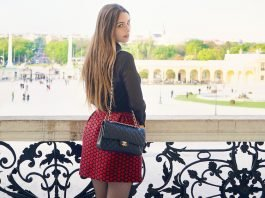 HEARTS SKIRT AT THE SCHONBRUNN PALACE