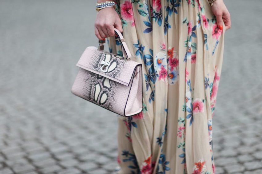 gianfranco-lotti-bag-and-mariella-rosati-dress-pfw