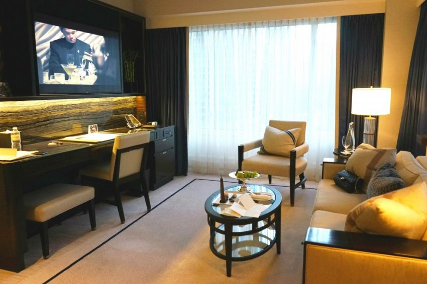 The-Peninsula-Chicago-Executive-Suite