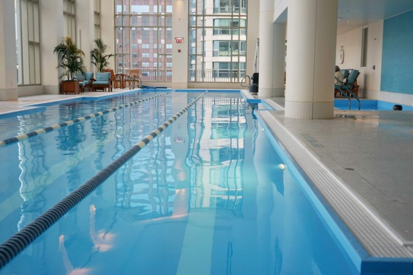 The-Peninsula-Chicago-Pool-Spa